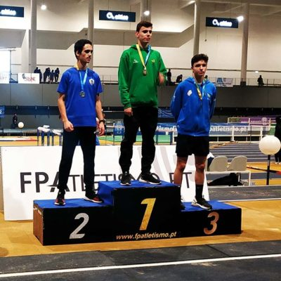 Atletas do Olímpico Vianense conquistaram três medalhas no campeonato nacional de juvenis